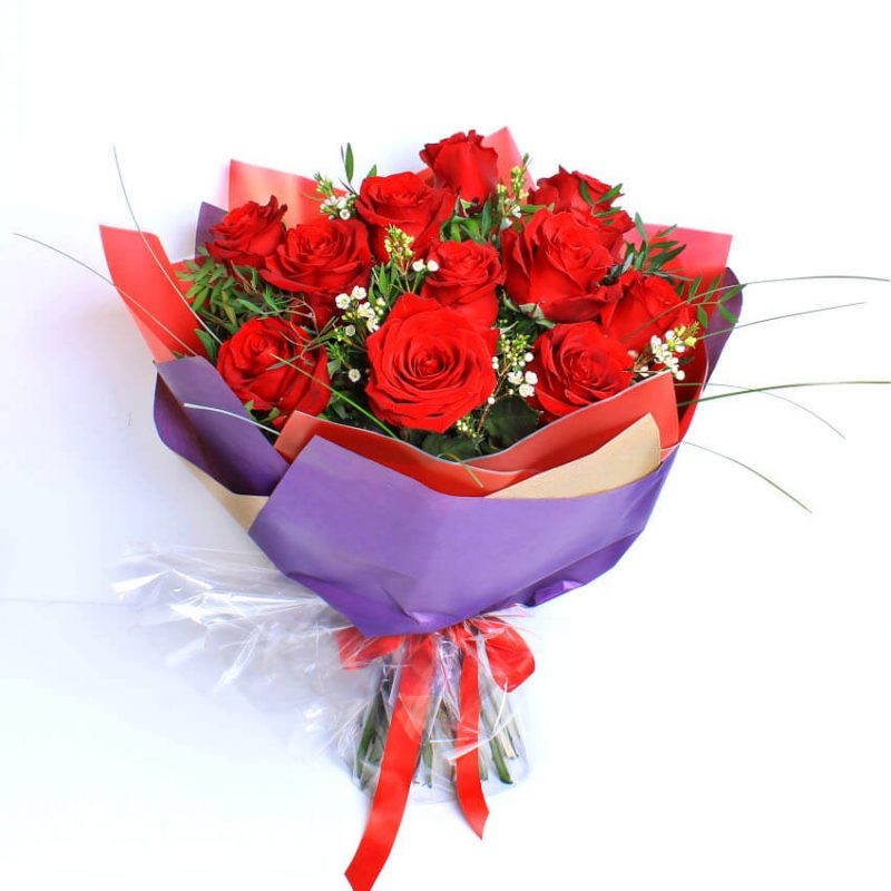 12 red roses wrap